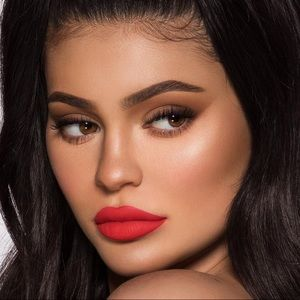 "3/$25😇kylie mini ""boss"" lipstick"